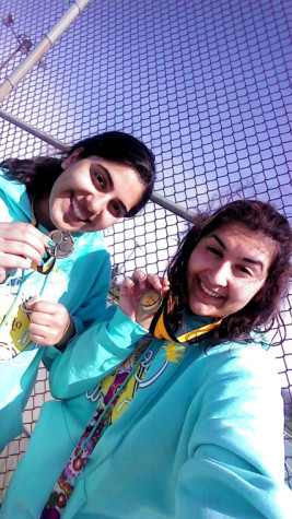Senior Tennis Players Go for the Gold