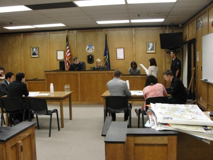 WWT is in Order: Mock trial brings courtroom experience to Woods-Tower students