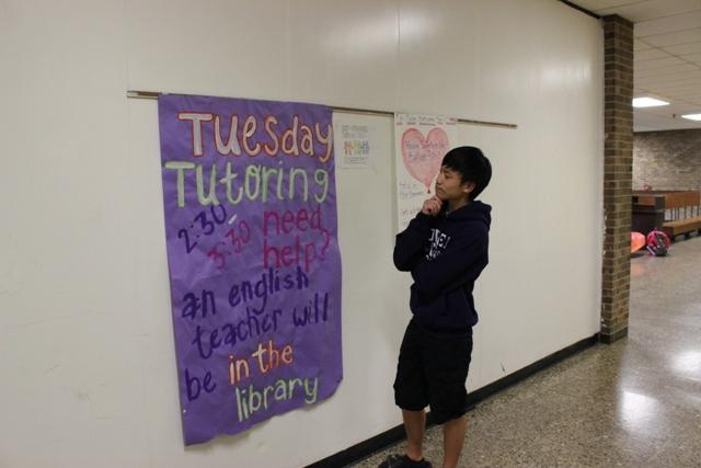 Teachers offer personalized tutoring in library