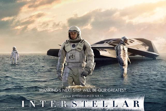 Interstellar wows audiences
